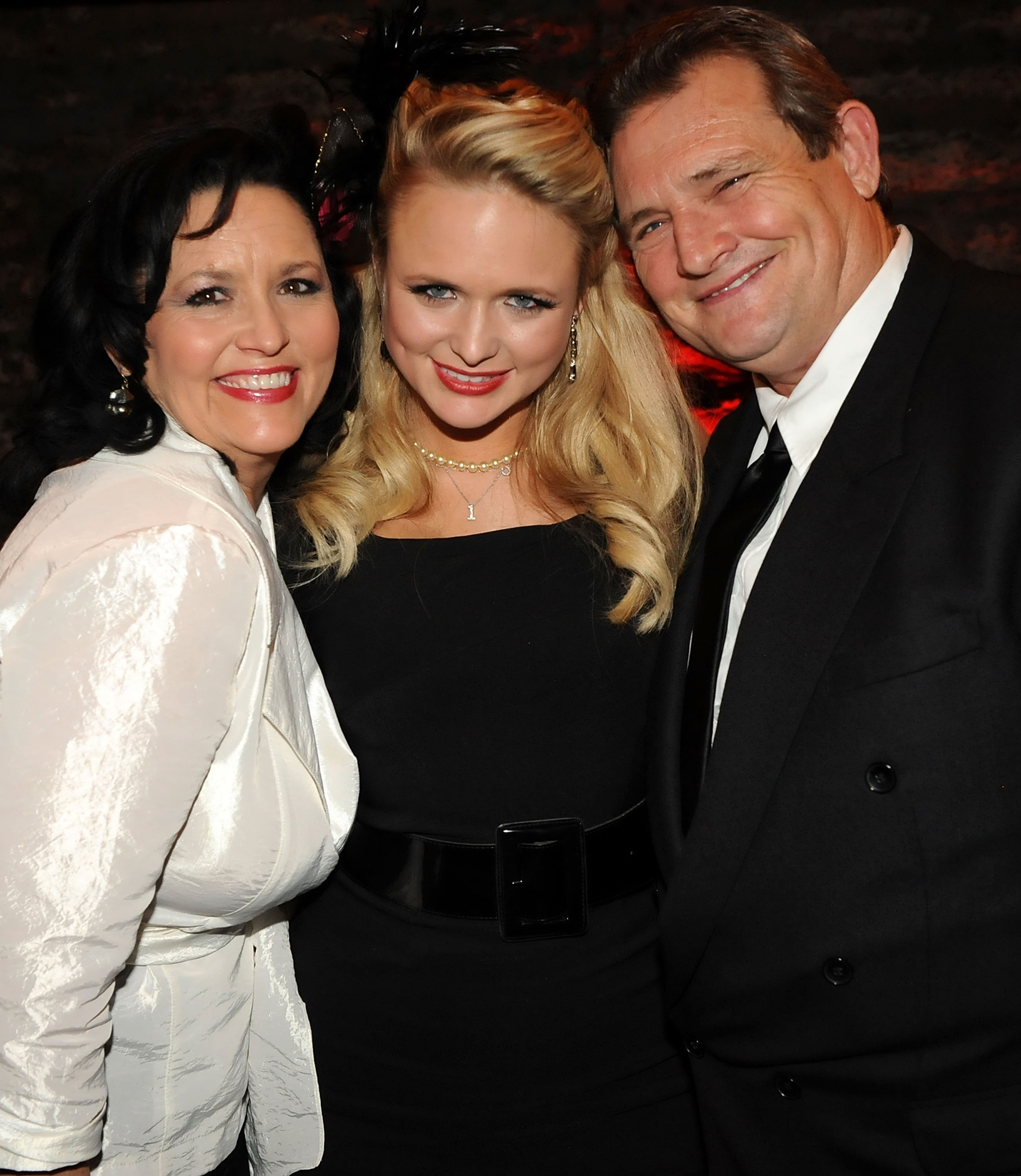 Miranda Lambert with her mother Beverly and father Richard at the Cellar to celebrate her first #1 single in Nashville, Tennessee on February 26, 2010   Photo: Getty Images