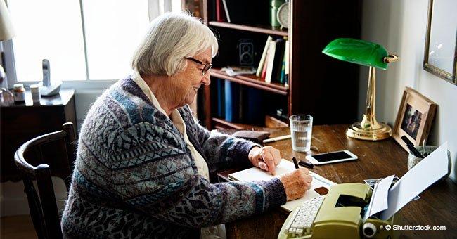 Mujer de 83 años escribe una carta a su amiga