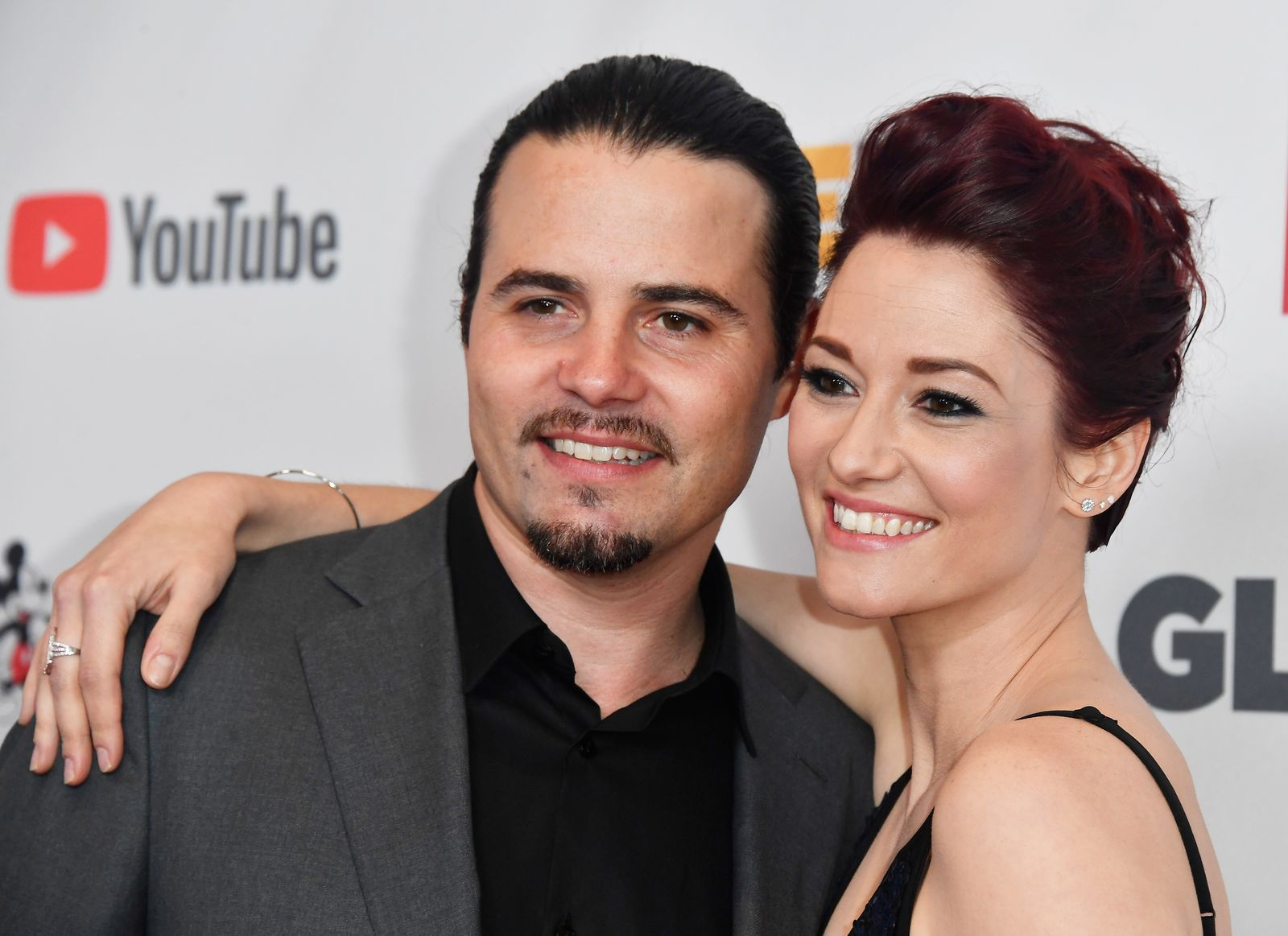 Nathan West and Chyler Leigh at the GLSEN Respect Awards on October 20, 2017, in Beverly Hills, California | Photo: Frazer Harrison/Getty Images