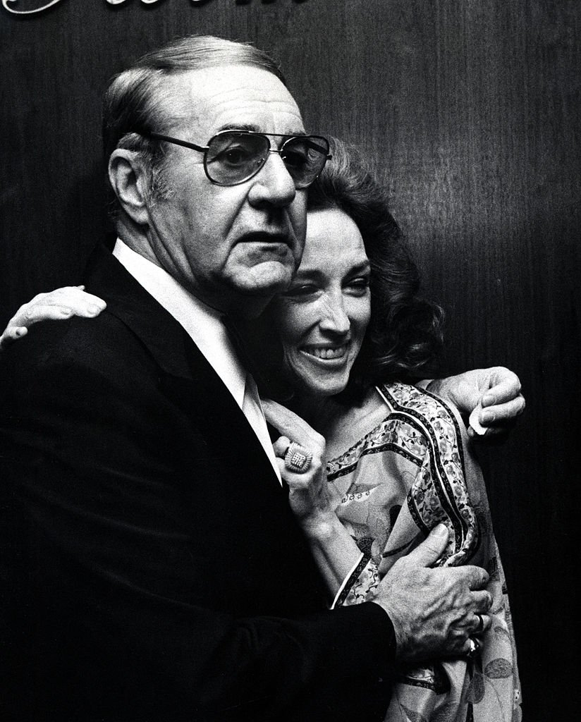 Jim Backus and Wife Henny Backus during Finnly Gallery Opening at Finnly Gallery in New York City, New York, United States | Photo: Getty Images