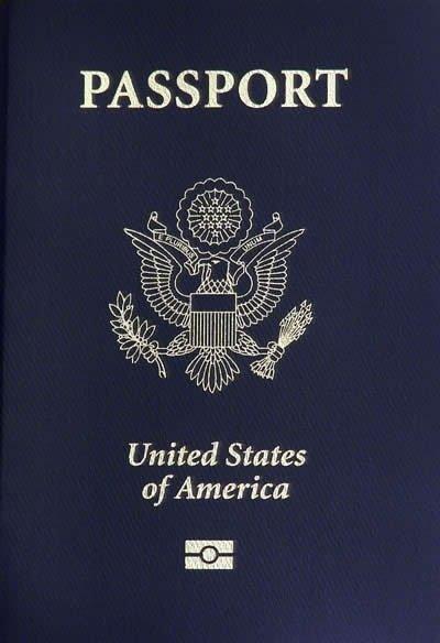 A regular Unites States passport | Photo: Wikimedia Commons