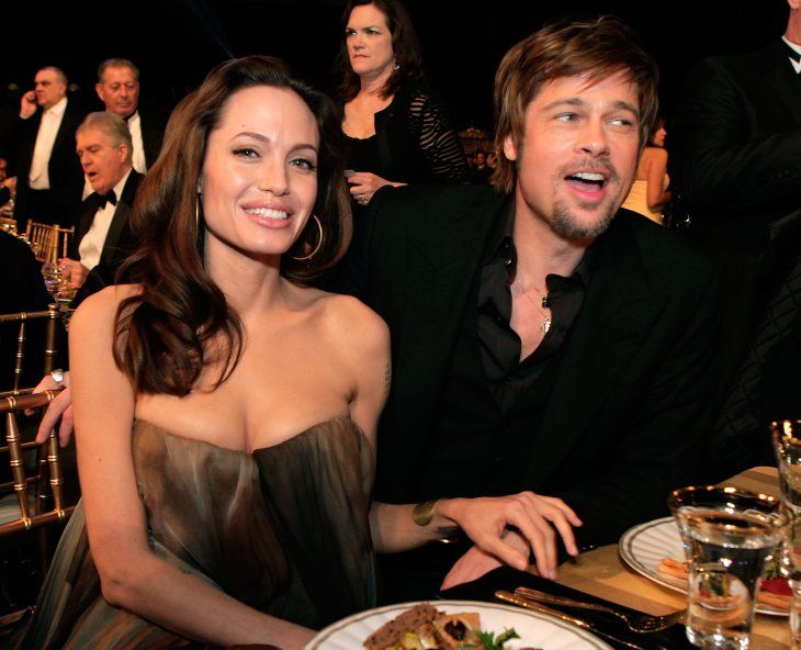 Angelina Jolie and Brad Pitt at the 14th annual Screen Actors Guild awards cocktail party in 2008 | Source: Getty Images