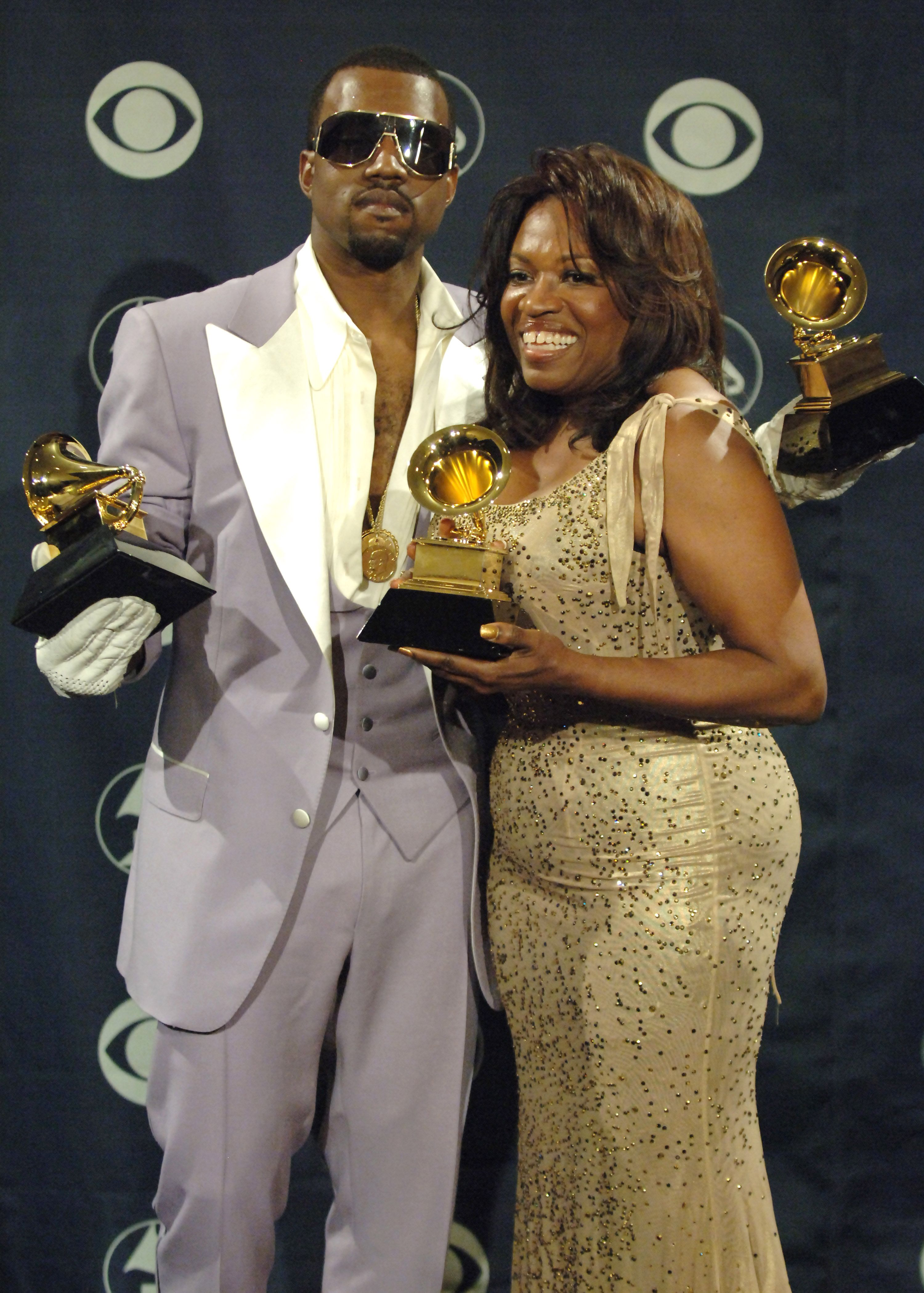 Kanye West and mother Donda West at the 48th Annual GRAMMY Awards in 2006 | Source: Getty Images
