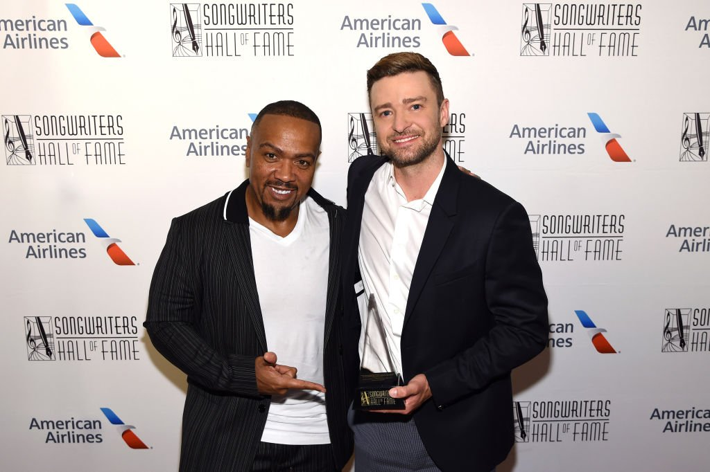 Timbaland and Justin Timberlake pose backstage at the Songwriters Hall Of Fame 50th Annual Induction And Awards Dinner at The New York Marriott Marquis on June 13, 2019 | Photo: Getty Images