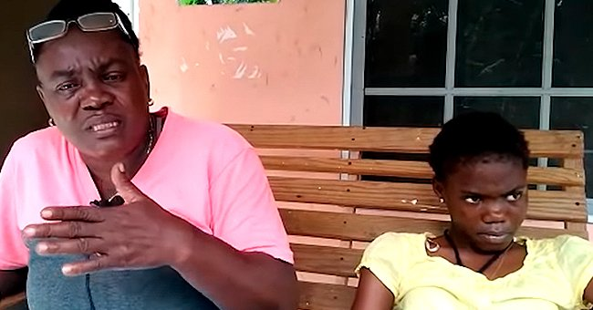 Woman and her daughter compaining about a police arrest | Photo: youtube.com/Jamaica Gleaner