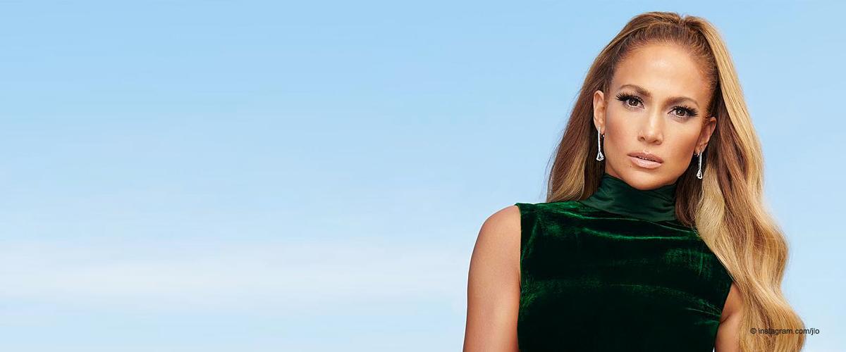 Jennifer Lopez zeigt steinharte Bauchmuskeln im knackigen Bikini und ihre Kurven sind alterslos