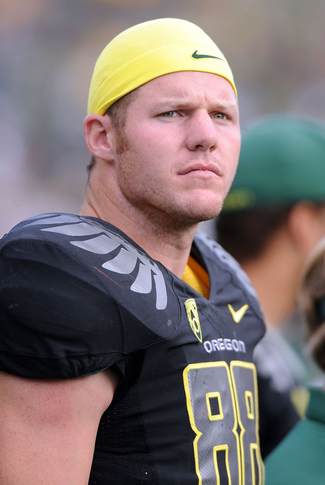 Brandon Bair #88 of the Oregon Ducks watches the action from the sidelines in the third quarter of the game against the New Mexico Lobos on September 4, 2010   Photo: Getty Images