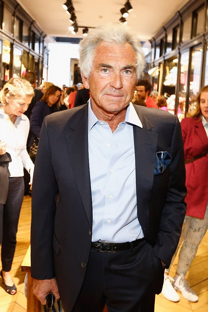 Jean-Paul Enthoven assiste à l'ouverture de la boutique `` Ines De La Fressange '' le 27 mai 2015 à Paris, France. | Photo : Getty Images