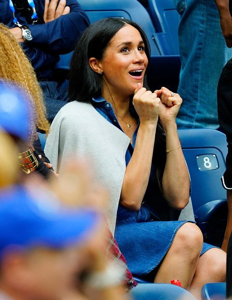 Meghan, Duchess of Sussex watches Serena Williams at the 2019 US Open Women's final in New York City.| Photo: Getty Images.