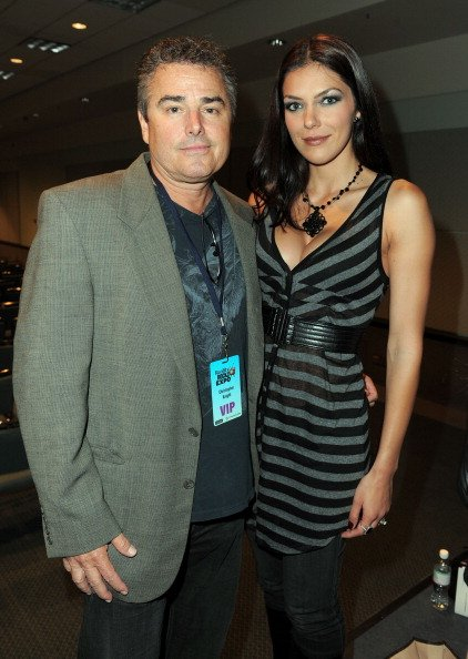 Christopher Knight and Adrianne Curry at the Los Angeles Convention Center on April 9, 2011. | Photo: Getty Images