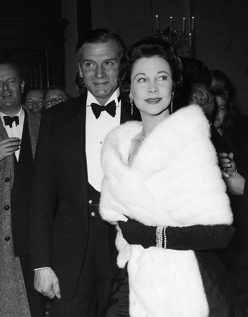 Sir Laurence Olivier, with his second wife, English actress Vivien Leigh, October 08, 1956 | Photo: GettyImages