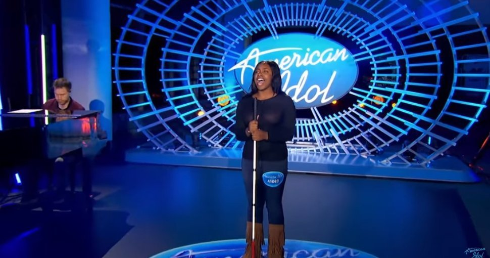 Shayy Winn performing for American Idol on February 6, 2019 | Photo: Getty Images