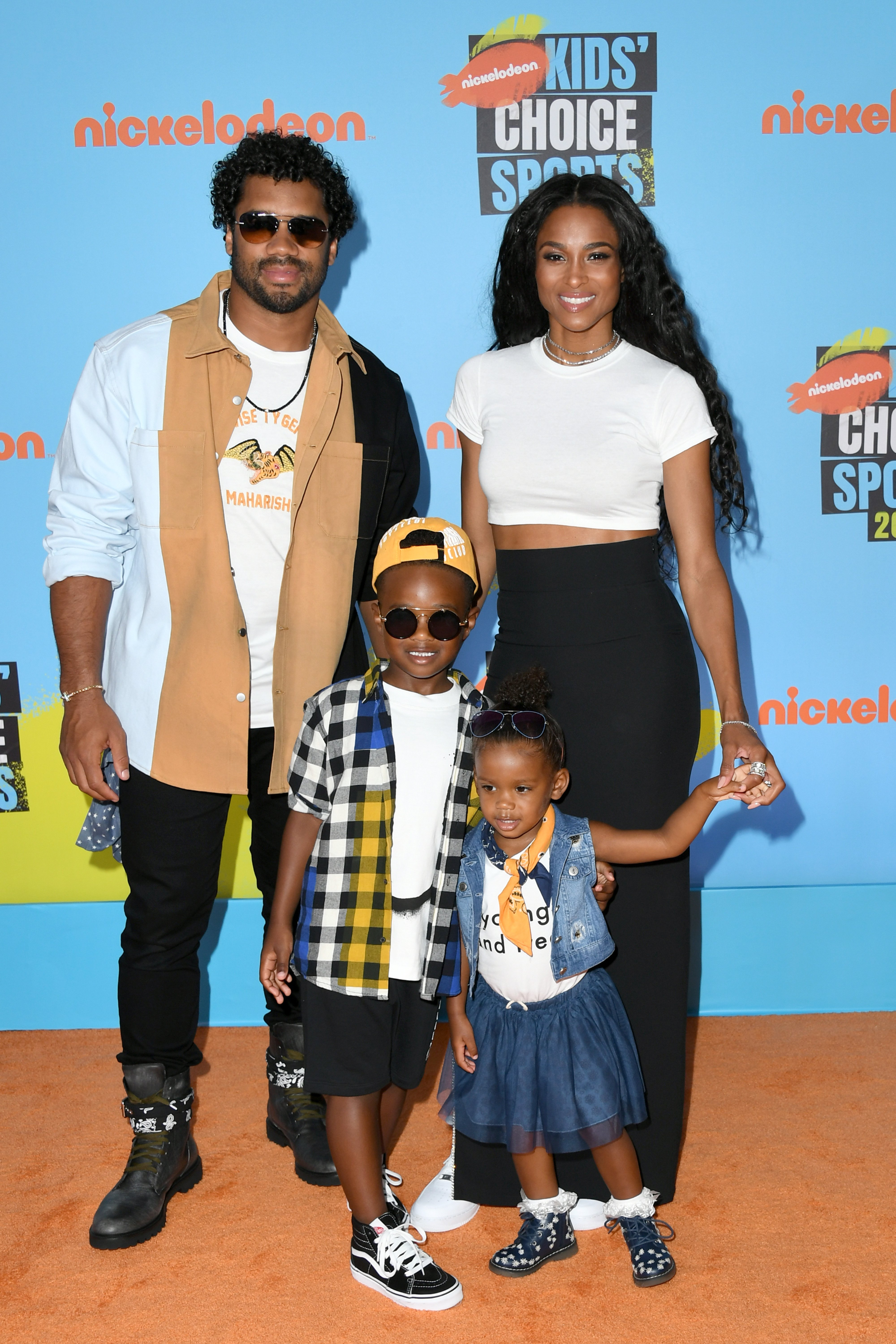 (L-R) Russell Wilson & Ciara with Future Zahir Wilburn & Sienna Princess Wilson at Nickelodeon Kids' Choice Sports on July 11, 2019 in Santa Monica, California. | Photo: Getty Images