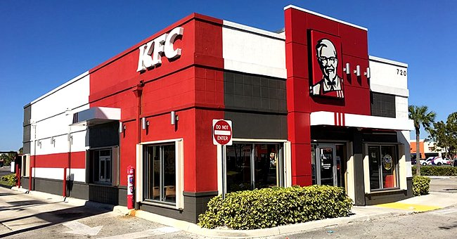 Daily Joke: KFC Representative Manages to Arrange a Meeting with the Pope
