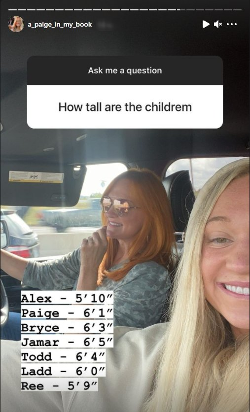 """Ree Drummond and her daughter hosting an Instagram """"Q&A"""" session during a road trip 