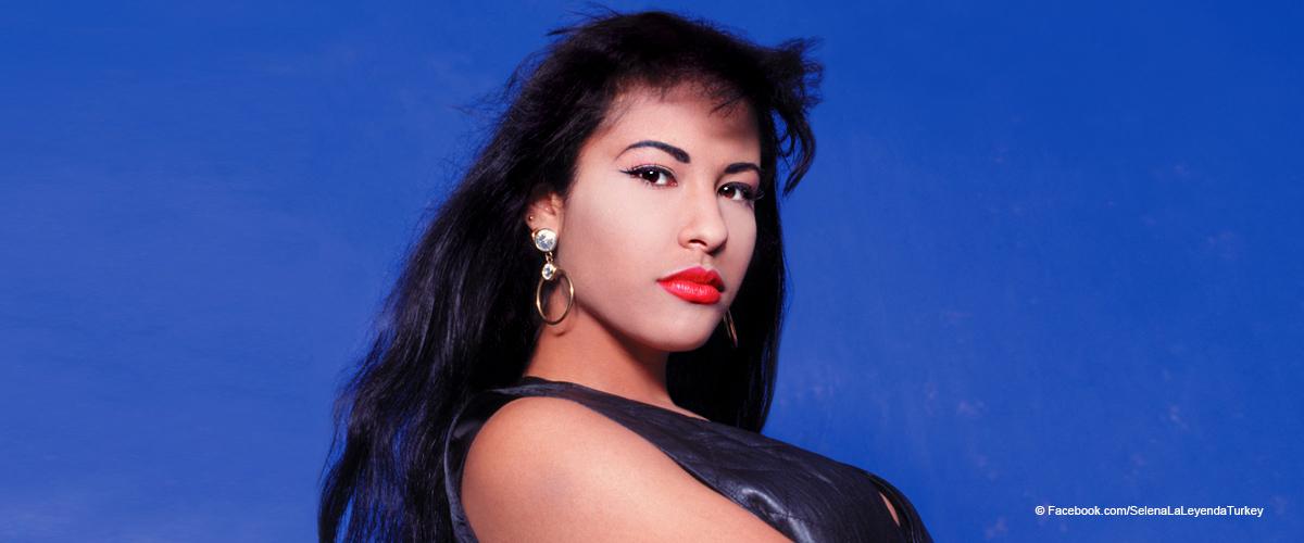 Fans recuerdan a Selena Quintanilla en el 24 aniversario de su muerte