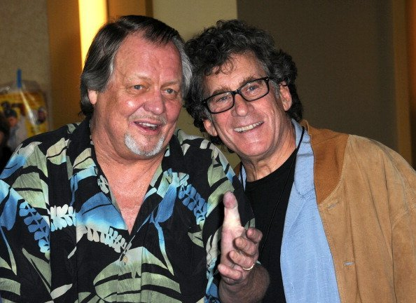 David Soul and Paul Michael Glaser at Burbank Airport Marriott on February 11, 2012 in Burbank, California | Photo: Getty Images