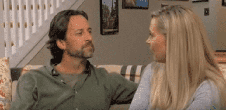Jeff on a dinner date with Kate Gosselin on Kate Plus Date | Photo: YouTube/na dfkafk