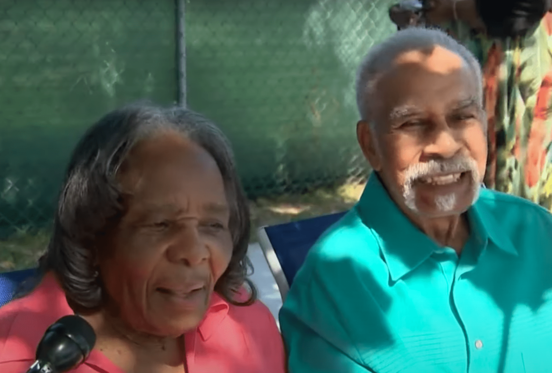 Elderly couple who have been married for 75 years shares that their key to success is communication | Photo: Youtube/Click On Detroit | Local 4 | WDIV