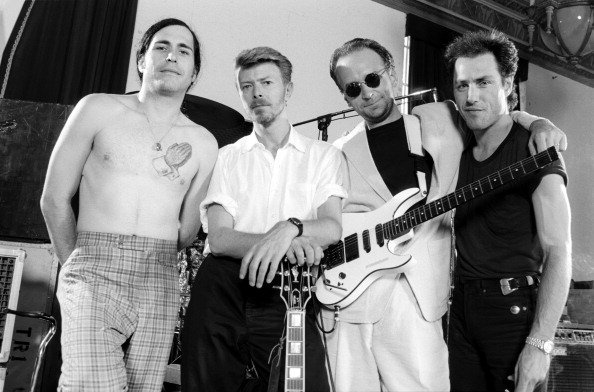 Hunt Sales, David Bowie, Reeves Gabrels and Tony Sales during rehearsals at Manhattan Center Studios in New York on 25th May 25, 1989. | Photo: Getty Images