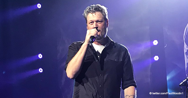 Listen to Blake Shelton Singing a Touching Love Song in Karaoke