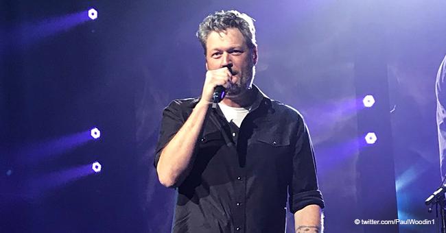 Listen to Blake Shelton Singing a Touching Love Song in Karaoke