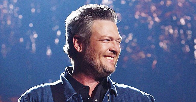 Blake Shelton Made Little Girl's Day When He Let Her Sing Chorus of 'Hell Right' at His Concert