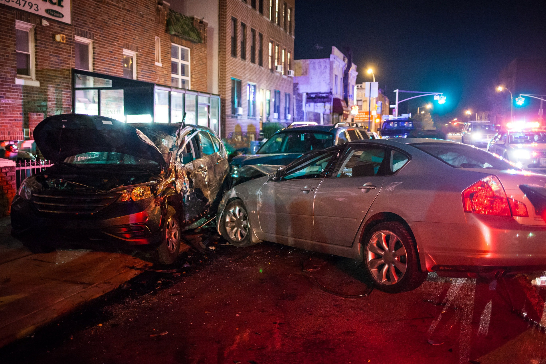 Fatal multiple car crash | Photo: Shutterstock