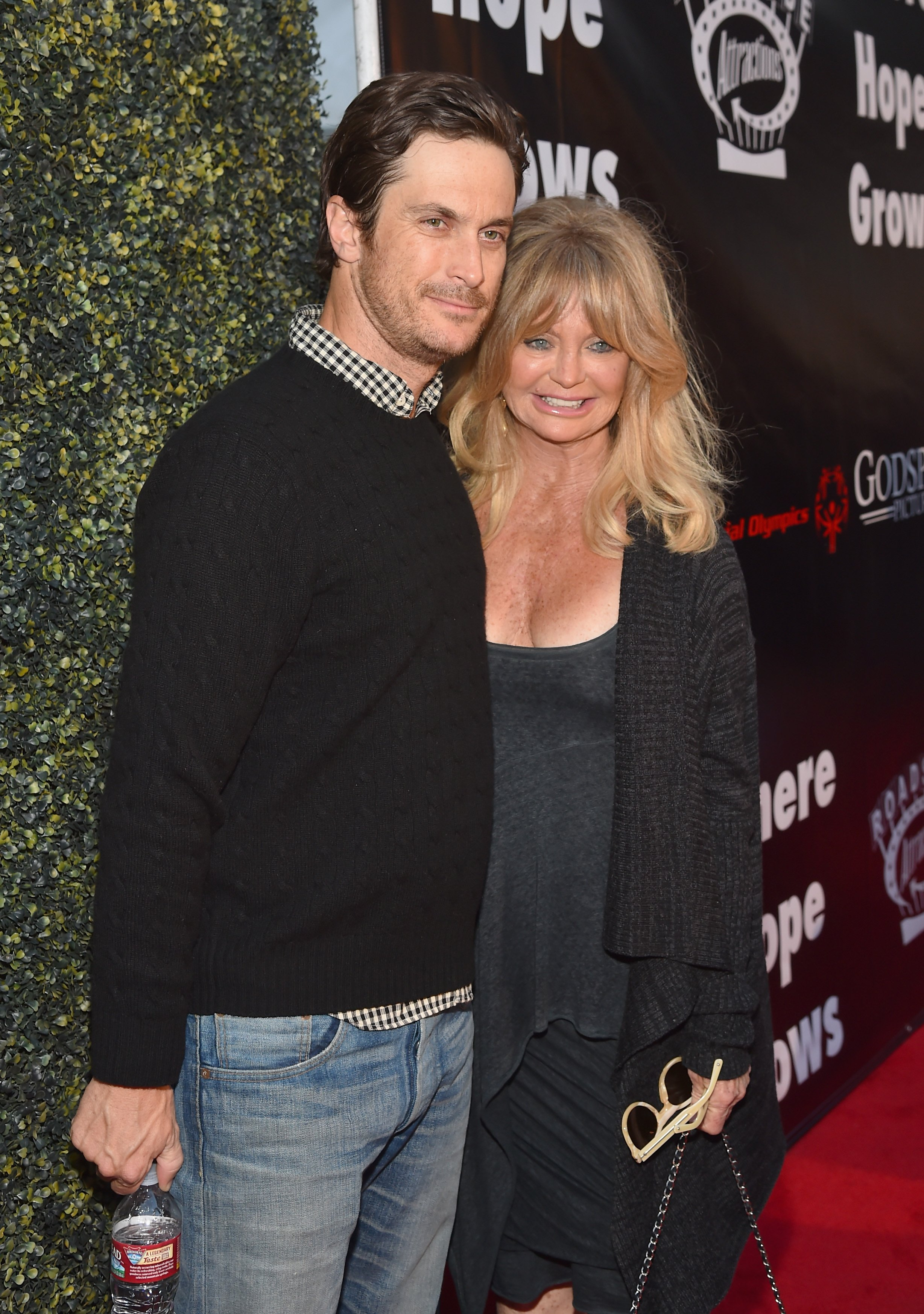 "Oliver Hudson and mom Goldie Hawn attend the premiere of ""Where Hope Grows"" in Hollywood, California on May 4, 2015 