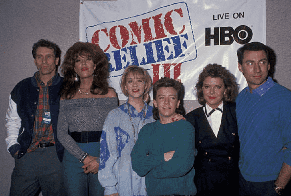 "Ed O'Neill, Katey Sagal, Christina Applegate, David Faustino, Amanda Bearse and David Garrison attend the ""Comic Relief III"" on March 18, 1989, at the Universal Amphitheater, California 