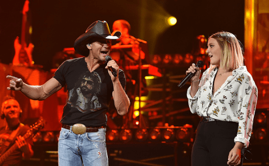 Tim McGraw and daughter Gracie perform at the Bridgestone   Source: Getty Images