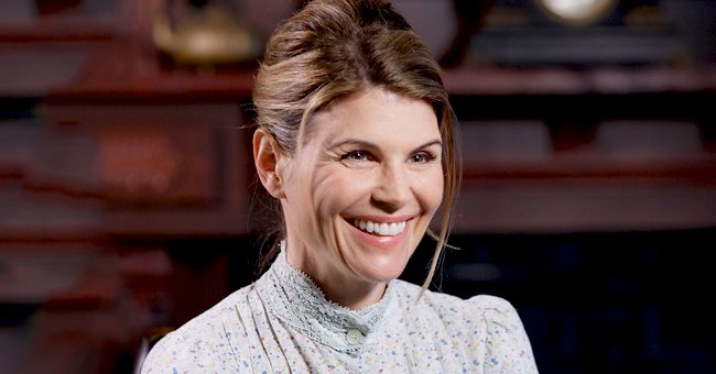 Lori Loughlin's Daughter Olivia Trolls User after Being Asked about College Admissions Scandal