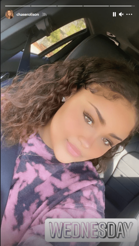 TLC singer T-Boz's daughter flaunts beautiful brown eyes and curly hair in a purple top | Photo: Instagram.com/chaserolison