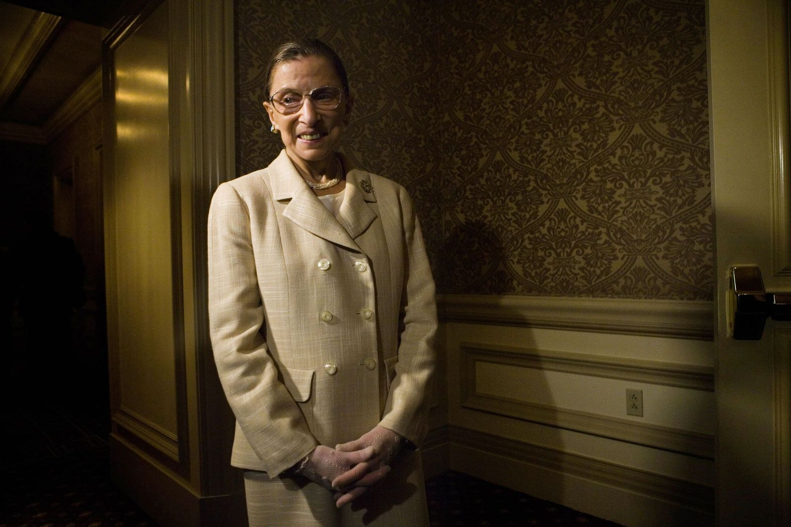 USSupreme Court Justice Ruth Bader Ginsburg at a dinner to honor Chile's first female presidentMichelle Bachelet onMay 8, 2006. | Photo: Getty Images
