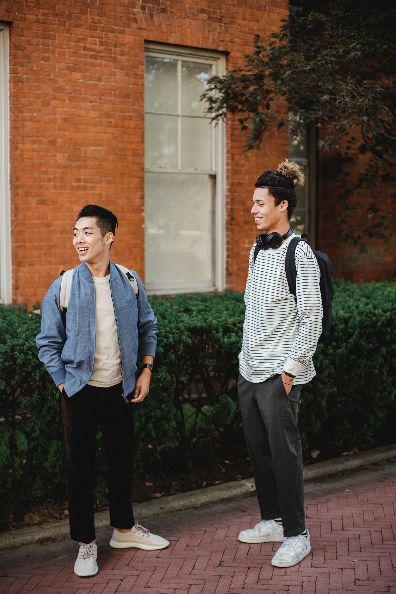 Two students looking at something | Source: Pexels