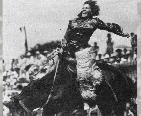 Photo of Tad Lucas during a Rodeo performance | Photo: Youtube /  Good Life Western Sports