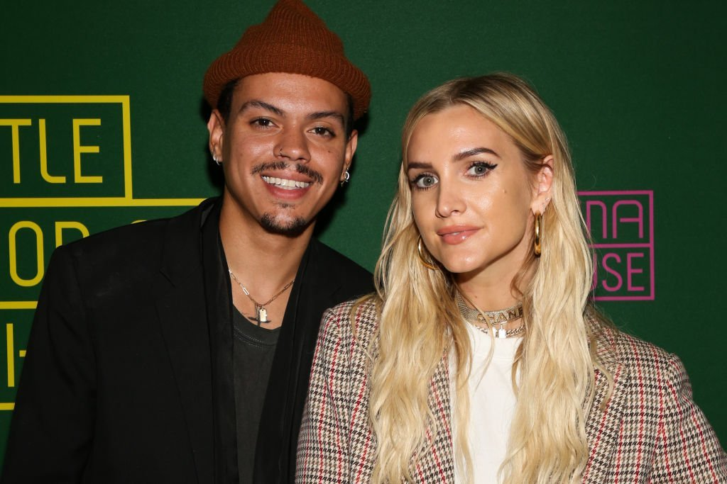 """Actor Evan Ross (L) and Singer Ashlee Simpson (R) attend the opening night of """"Little Shop Of Horrors"""" at the Pasadena Playhouse 