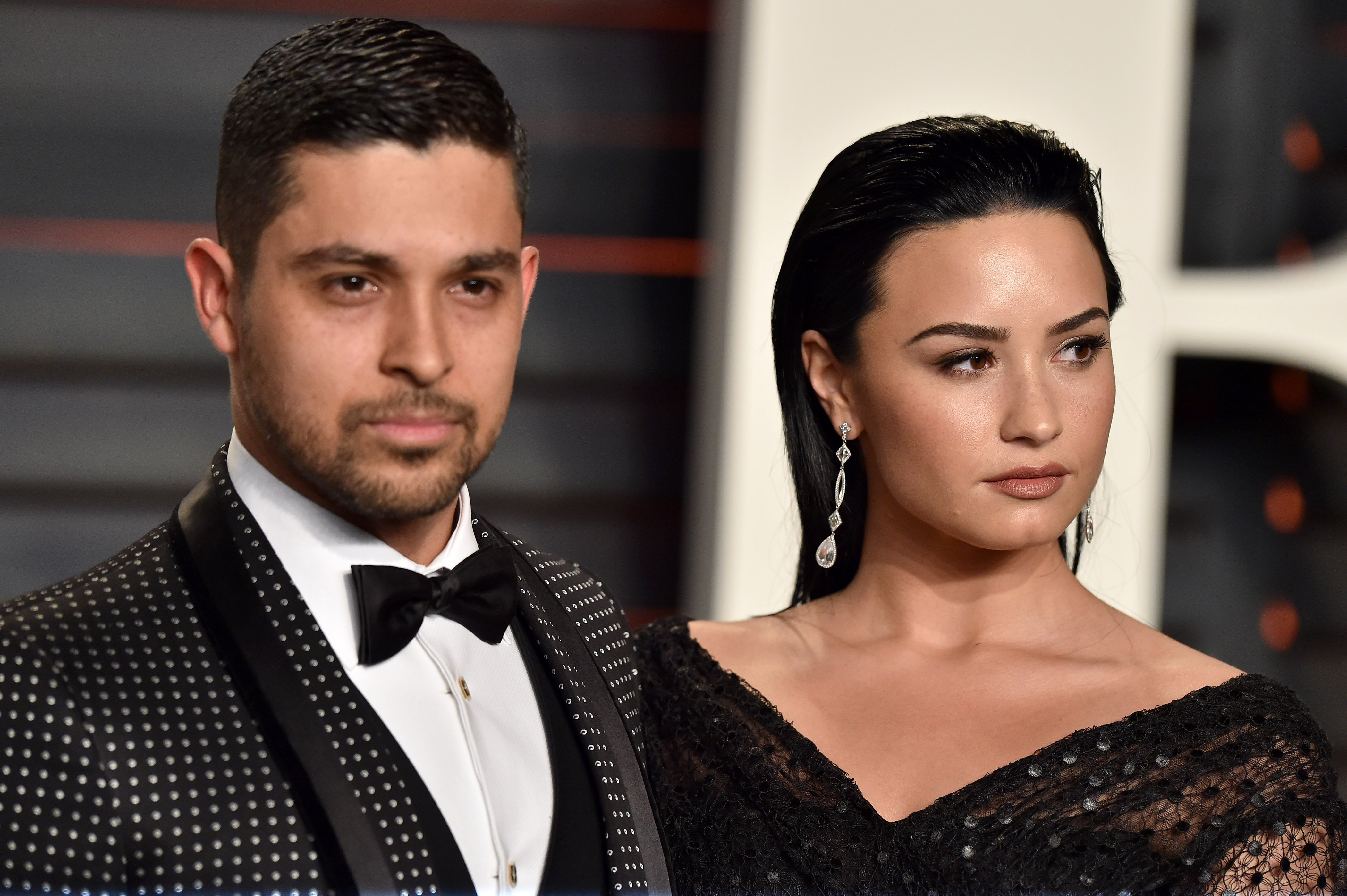 Wilmer Valderrama and Demi Lovato on February 28, 2016 in Beverly Hills, California | Photo: Getty Images