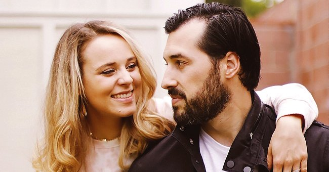Jinger Duggar Shares Photo with Husband Jeremy Vuolo with a Romantic Note
