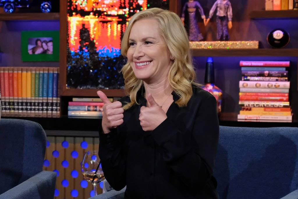 Angela Kinsey on WATCH WHAT HAPPENS LIVE WITH ANDY COHEN on October 17, 2019. | Photo: Getty Images