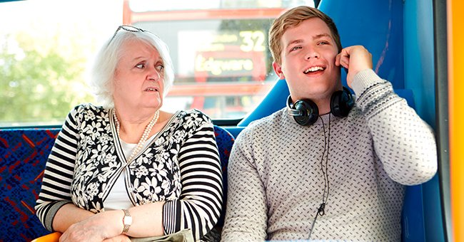 Daily Joke: Passenger in a Bus Totally Misunderstood the Conversation of 2 Students