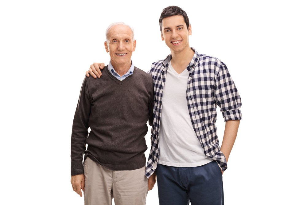 The college freshman was helped by his father in moving into his dorm room. | Photo: Shutterstock