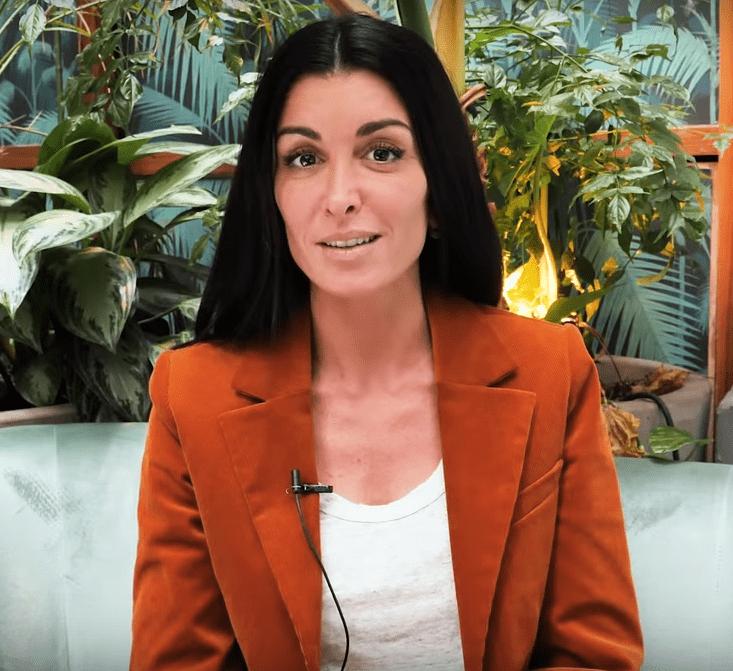 Jenifer lors de son interview en chansons au Parisien. | Le Parisien