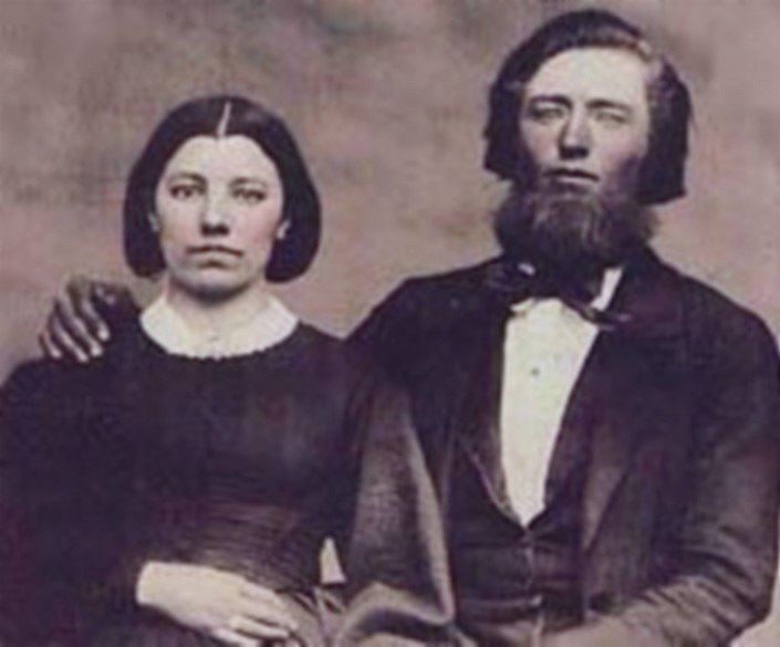Caroline and Charles Ingalls. | Source: Wikimedia Commons