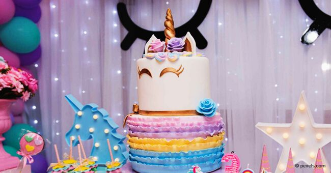 Mom-of-Three's Homemade 'Unicorn Cake' for Daughter's 14th Birthday Is Mocked as 'Rude'