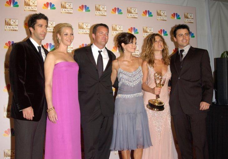 David Schwimmer, Lisa Kudrow, Matthew Perry, Courteney Cox, Jennifer Aniston, and Matt LeBlanc. I Image: Shutterstock.