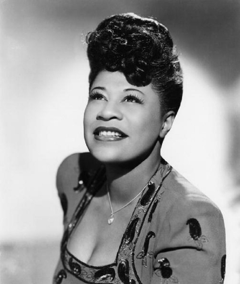 Ella Fitzgerald poses for a portrait in New York City. | Photo: Getty Images.