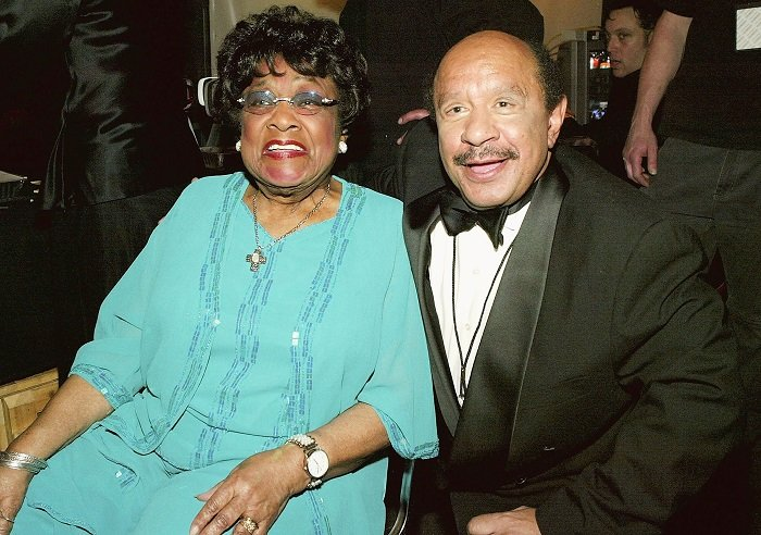 Isabel Sanford (L) and Actor Sherman Hemsley (R) on stage at the 2nd Annual TV Land Awards held at The Hollywood Palladium, March 7, 2004 in Hollywood, California. I Image: Getty Images