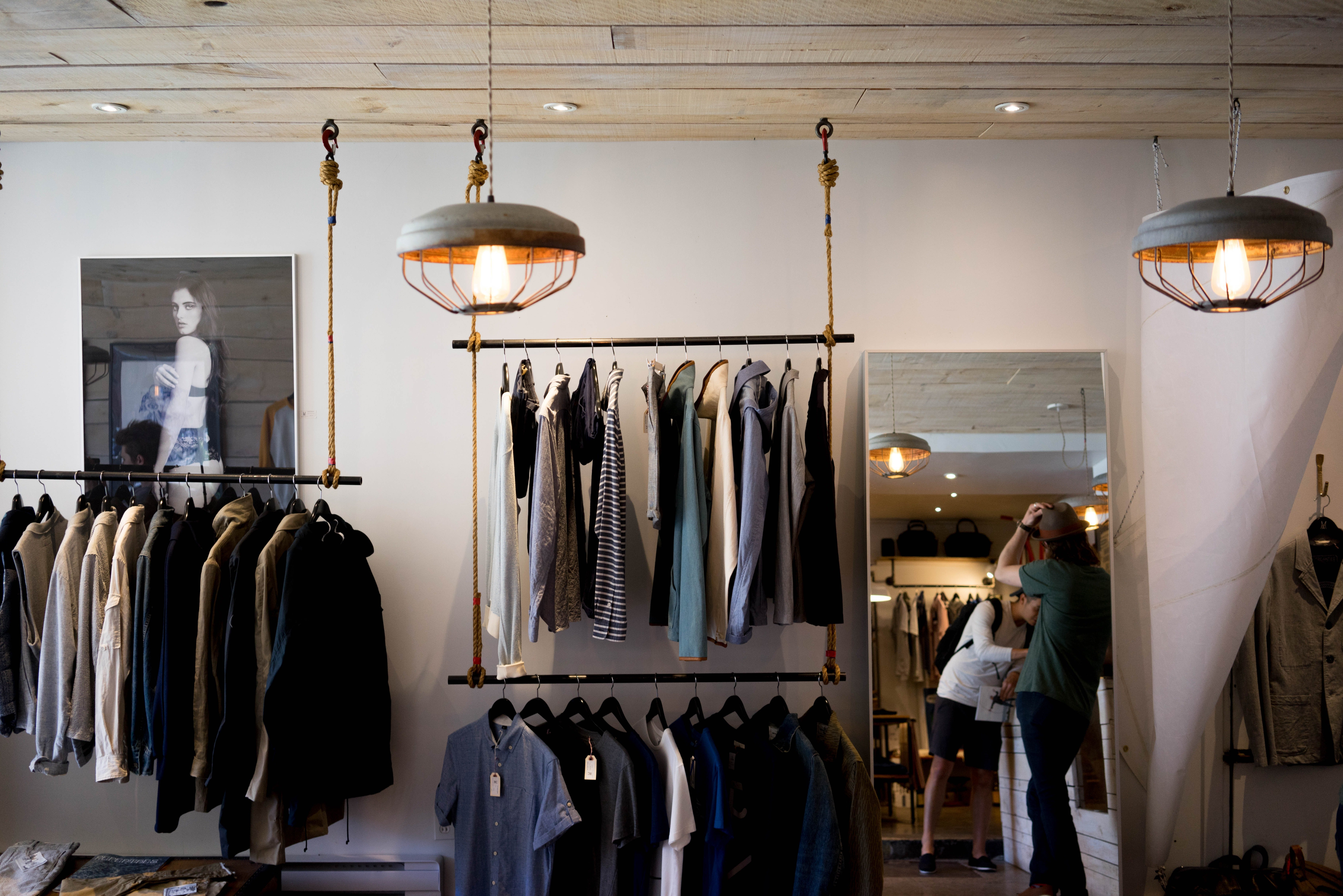 Kelly took the homeless girl to a clothing shop to get her something nice. | Source: Unsplash