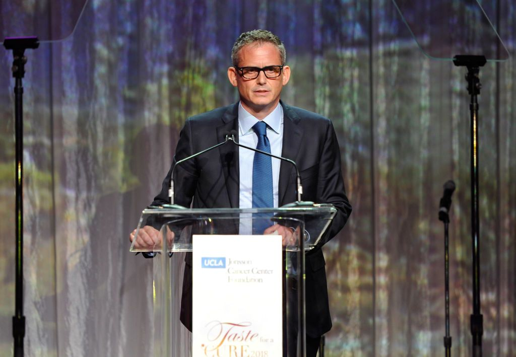 NBC Entertainment Chairman Paul Telegdy accepting the Gil Nickel Humanitarian Award in April 2018.   Photo: Getty Images